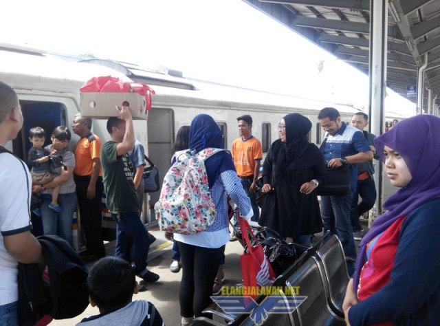 Kereta Cirebon